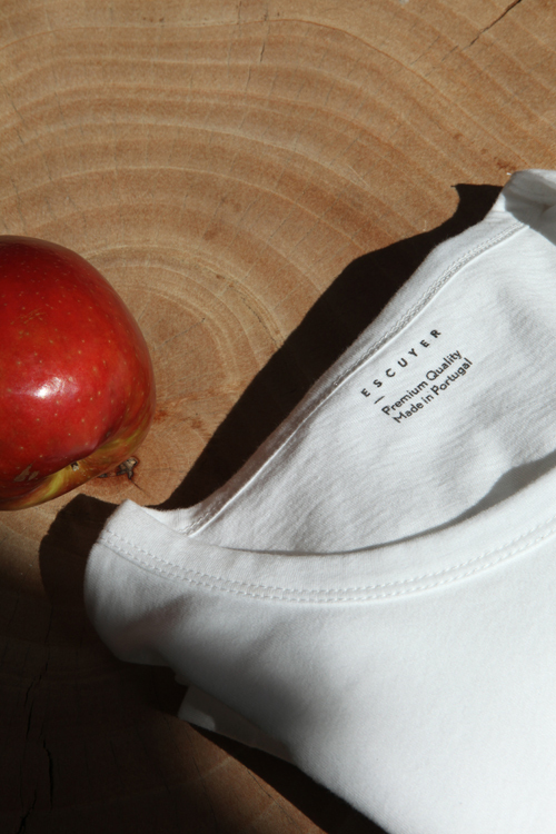 modern-practice-escuyer-apple-t-shirt.jpg