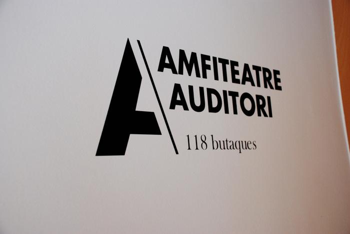 amfiteatre1.jpg