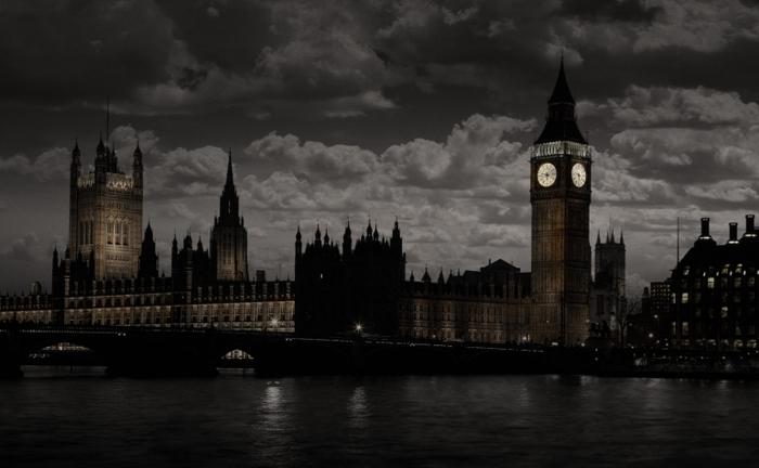 sherlock-holmes-london-detail-770x475.jpg
