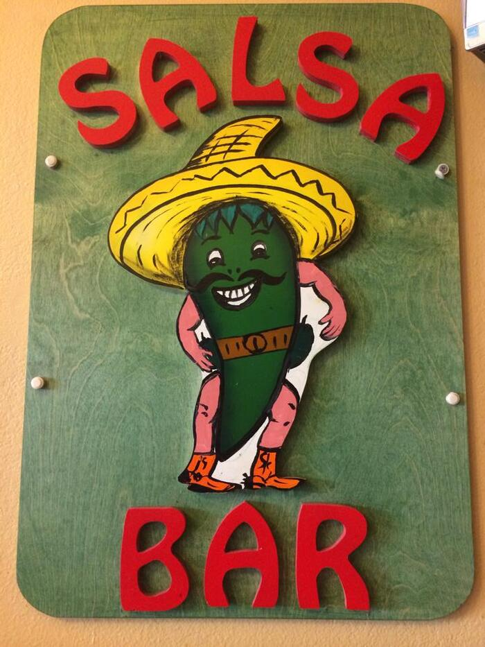 salsa-bar-at-taqueria-guadalajara.jpg