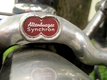 Altenburger Synchron brake fork badge