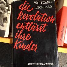 <cite>Die Revolution entlässt ihre Kinder</cite>