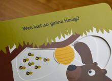 <cite>Mein erstes Buch von den Tieren</cite> by Nathalie Choux, arsEdition