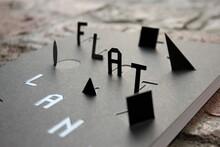 <cite>Flatland</cite> by Edwin Abbott, Zones Sensibles edition