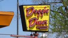 Doggie Diner, Aurora, Illinois