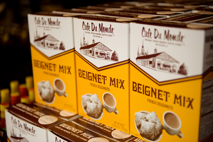 Café Du Monde beignet mix and coffee packaging 5