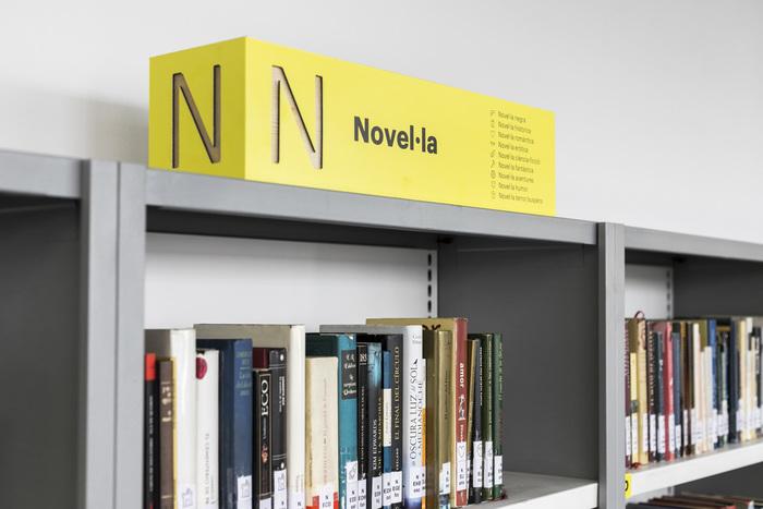 Valencia Municipal Libraries signs 2