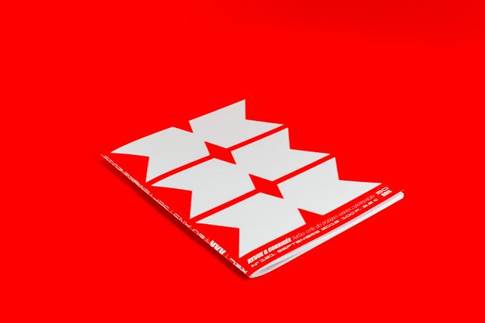 "Revue & Corrigée #121 – ""XXX"" special 30th anniversary issue 3"