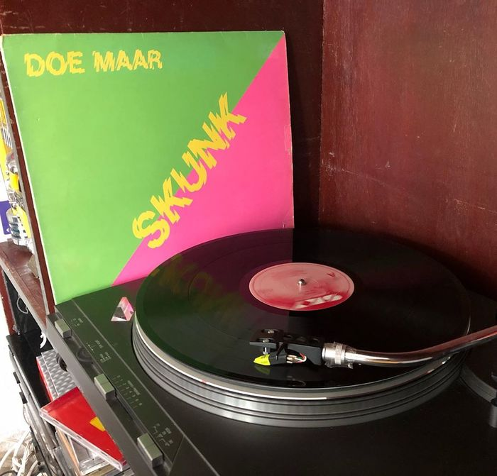 Doe Maar – Skunk album art 3