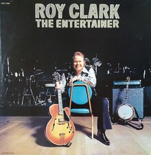 Roy Clark – <cite>The Entertainer</cite> album art