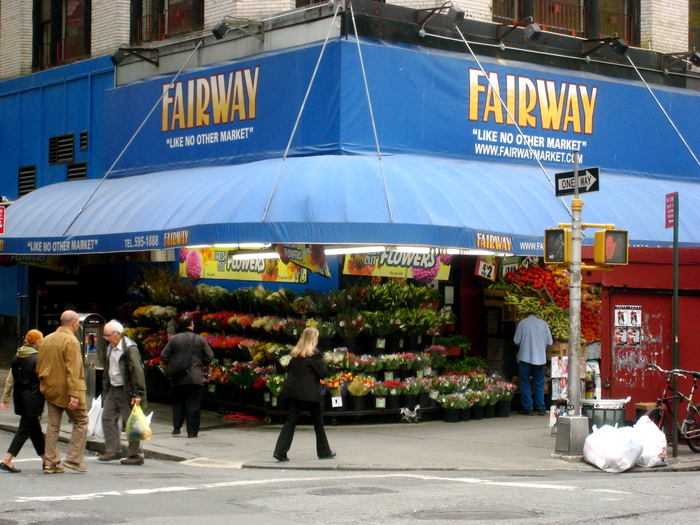 "The original Fairway store at Broadway and West 74th Street (see Google Street View) in 2008. Zoom in to spot two more typefaces from the same genre as Dom & Co.:  and  are used for ""Fresh cut flowers""."