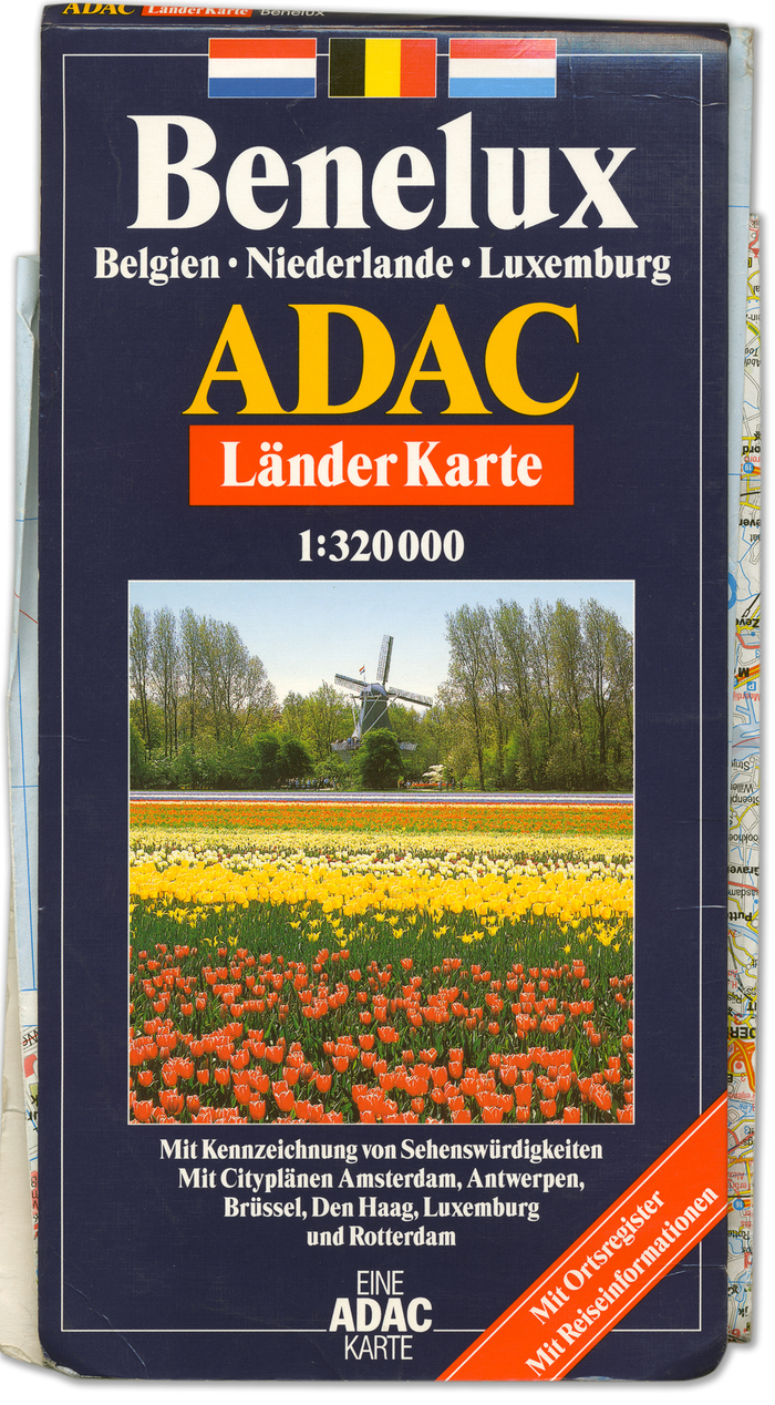 ADAC roadmaps and city guides 4