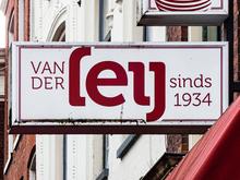 Kaashandel van der Leij shop front, Groningen