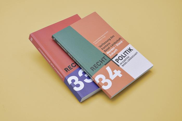 Recht + Politik book series 2
