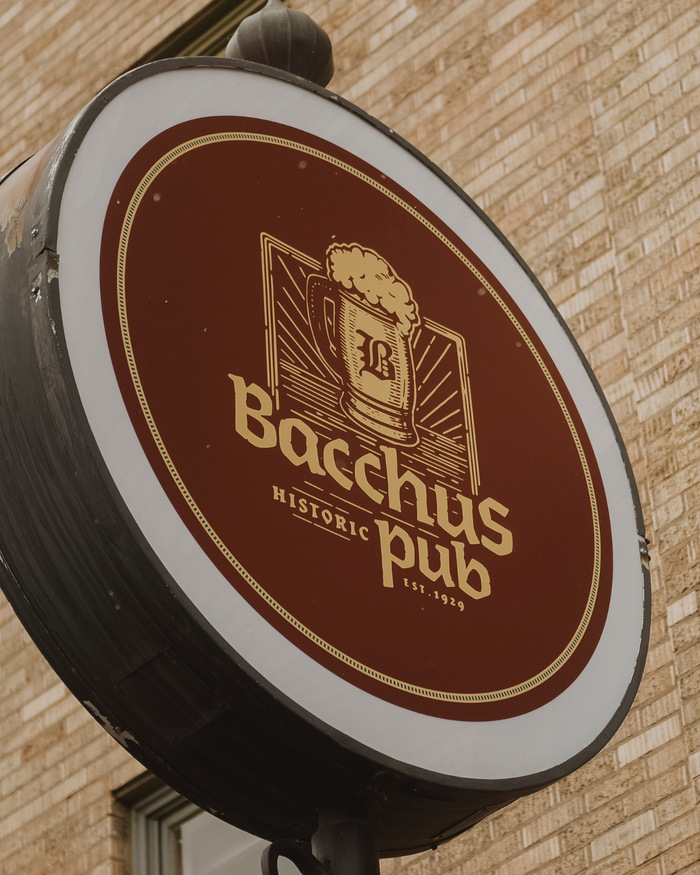 Bacchus Historic Pub 2