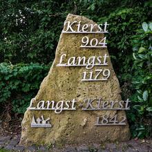 Langst-Kierst commemorative boulder