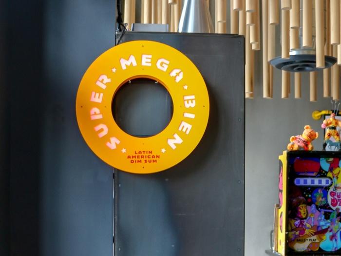 Super Mega Bien 1