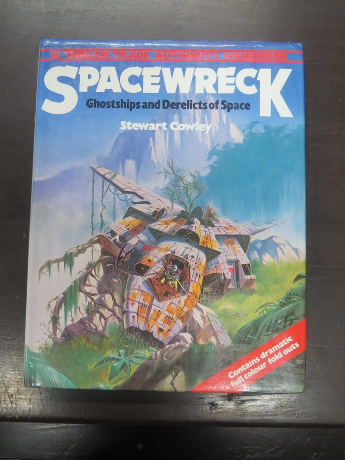 Spacewreck (Hamlyn, 1978) with more Dynamo and Gill Sans, the latter also in a bold condensed style. Cover art by Fred Gambino.