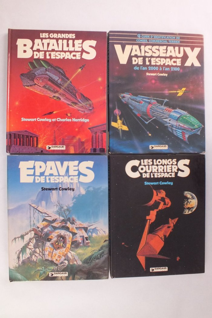 Various cover from the French edition by Dargaud, featuring Dynamo.