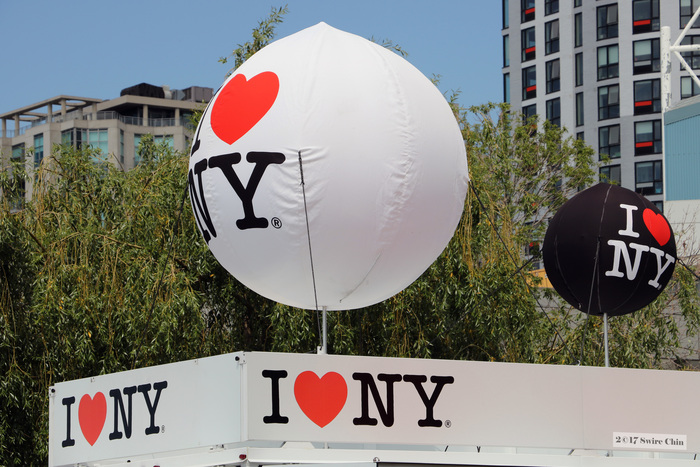 """""""I ❤️ NY"""" booth with balloons in Toronto, Canada, 2007."""