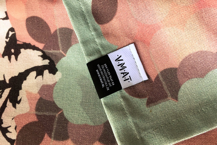 Van Manen aan Tafel clothing labels 4