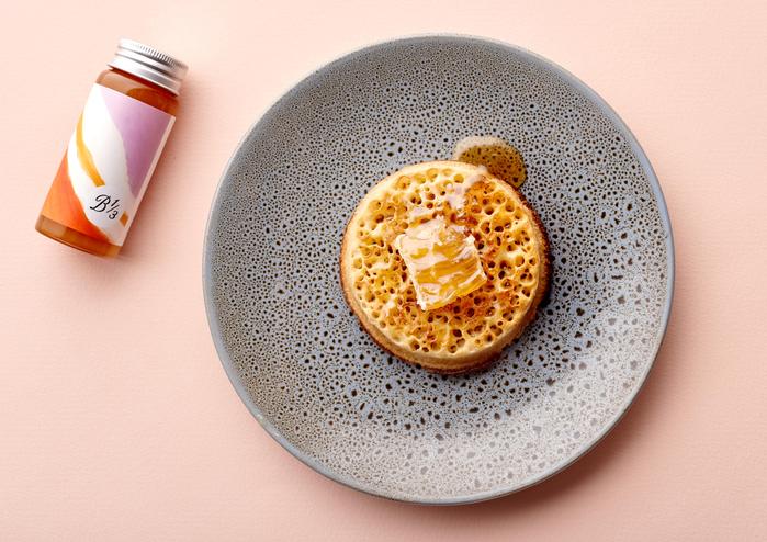 90g neighbourhood honey jar and raw honeycomb