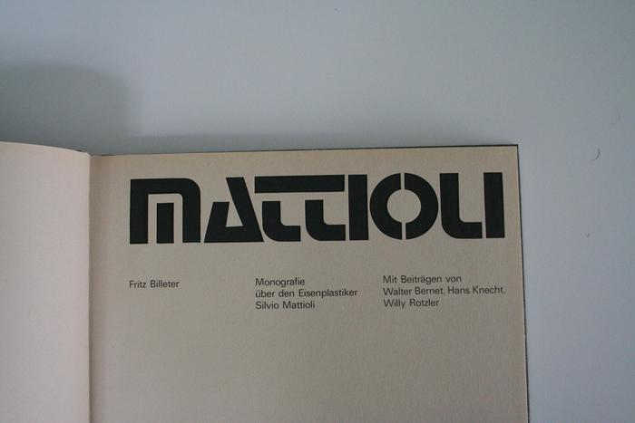 Detail of the title page. Here, the wordmark additionally features an O with stencil bridges.