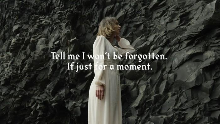 Fit For A King – Dark Skies lyrics videos 2
