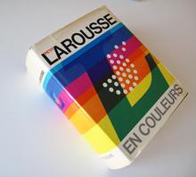 <cite>Le Petit Larousse en Couleurs</cite> (1972)