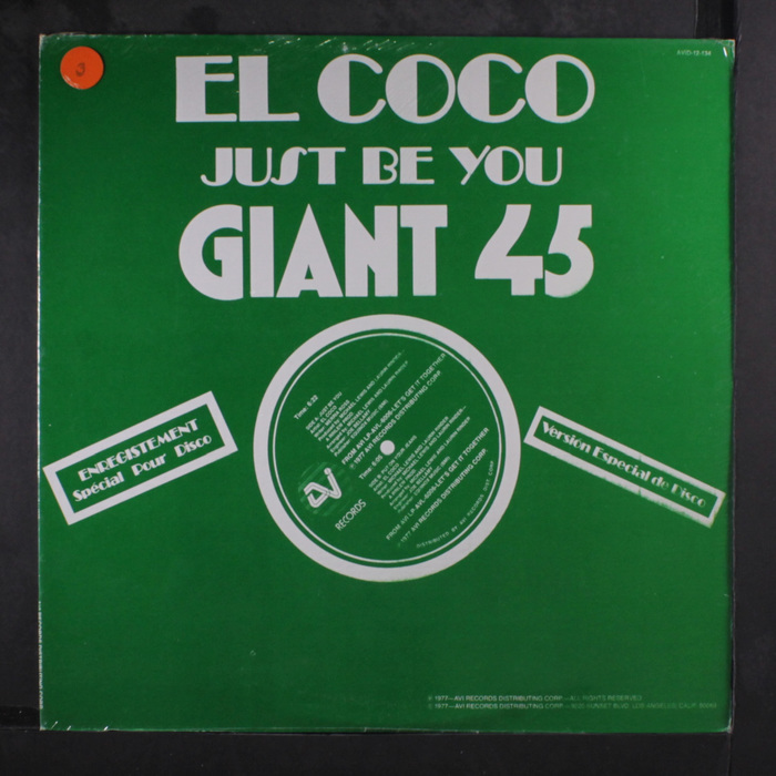 "El Coco – ""Just Be You"" with more Broadway, here also for the big stage, in a version with sturdy hairlines and the original alternate S."