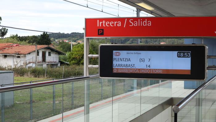 Metro Bilbao identity and signs (1988–) 12