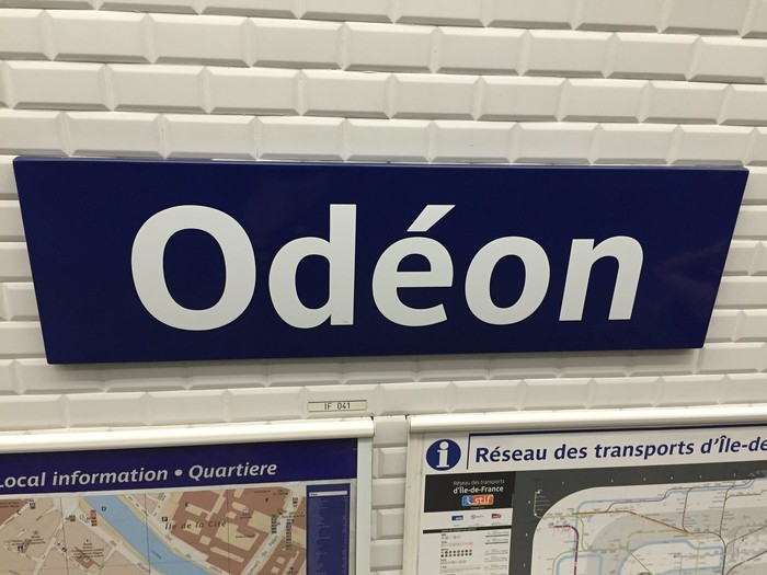 RATP metro signs and identity 5