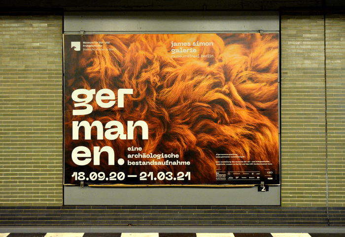Large-format poster in Berlin's U-Bahn,