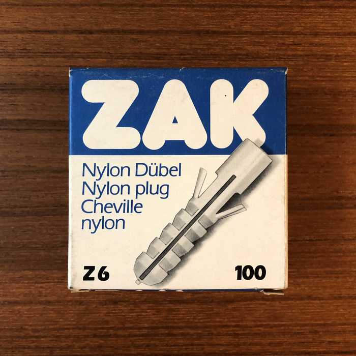 ZAK nylon plug packaging 1