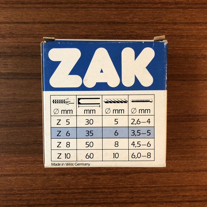 ZAK nylon plug packaging 2