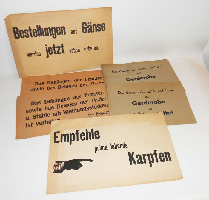 """Empfehle prima lebende Karpfen"" and other paper signs for restaurants 1"