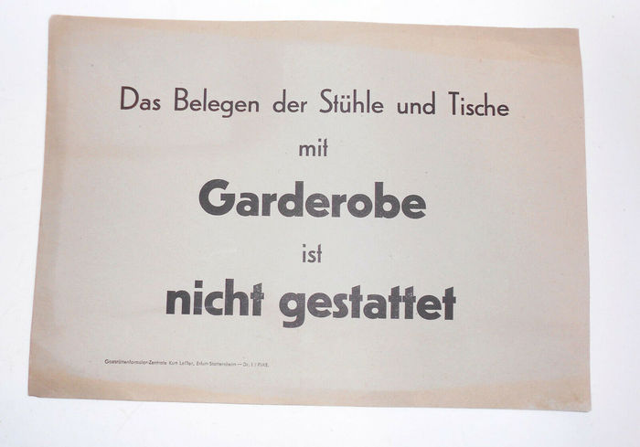 """Empfehle prima lebende Karpfen"" and other paper signs for restaurants 4"