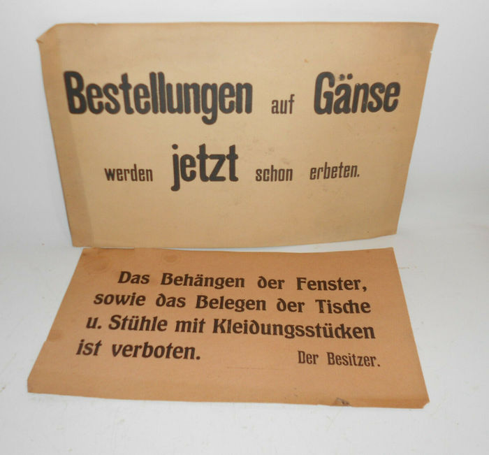 """Empfehle prima lebende Karpfen"" and other paper signs for restaurants 3"