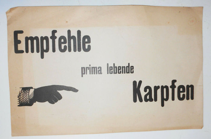 """Empfehle prima lebende Karpfen"" and other paper signs for restaurants 2"