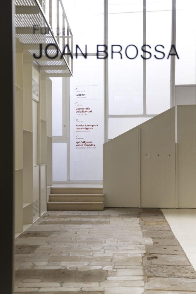 Fundació Joan Brossa signs 3