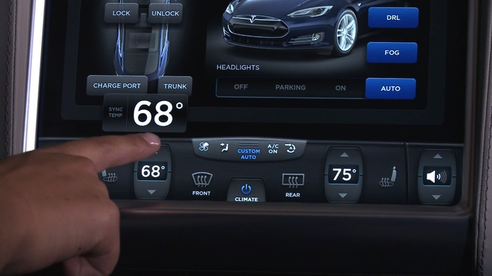 2013 Tesla Model S Dashboard Display 6