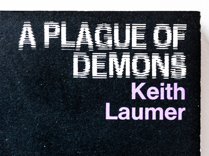 A Plague of Demons – Keith Laumer (Penguin SF) 3