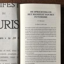 <span>F. T. Marinetti – <cite>Futuristische Manifesten</cite> (Letterwerk)</span>