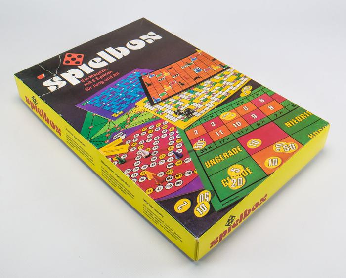 Spielbox game compendium 1