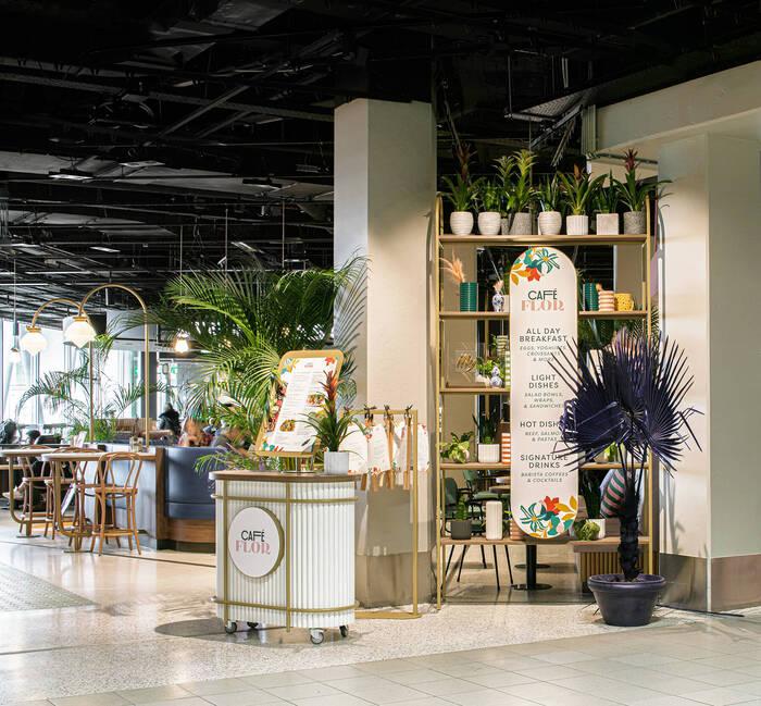 Café Flor at Schiphol Airport 5