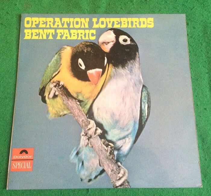 Front cover (Polydor 236 204, UK).