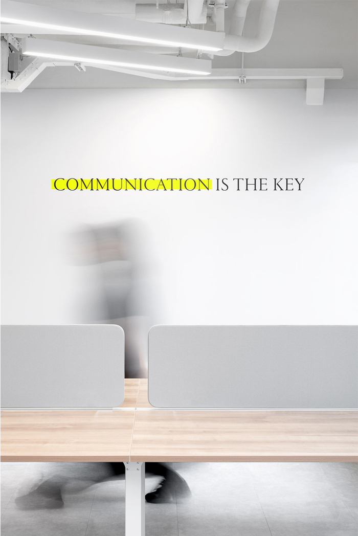 """""""Communication is the key"""" in all-caps ."""