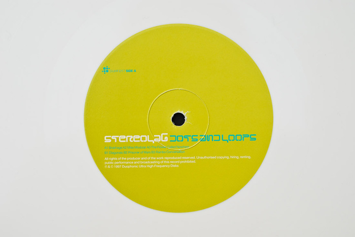 Stereolab – Dots and Loops album art 7