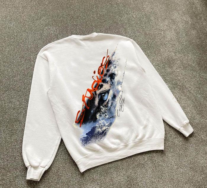 """Coming Home"" hoodie edition by Simbayu Studios 2"