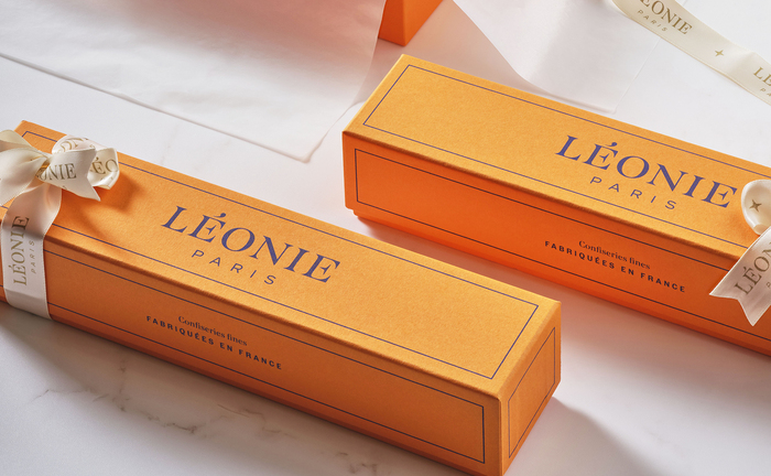 Léonie Paris visual identity and packaging 4